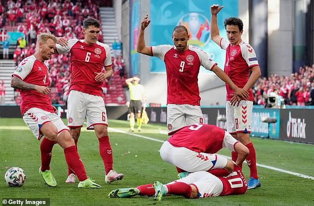 Một số cố hy hữu đã xảy ra trong trận đấu Đan Mạch-Phần Lan trong khuôn khổ Euro 2020, khi tiền vệ tài năng Christian Eriksen của Đan Mạch bất ngờ đổ gục xuống sân vào phút thi đấu thứ 43, sau khi nhận bóng từ đồng đội và không hề va chạm với bất kỳ cầu thủ nào.
