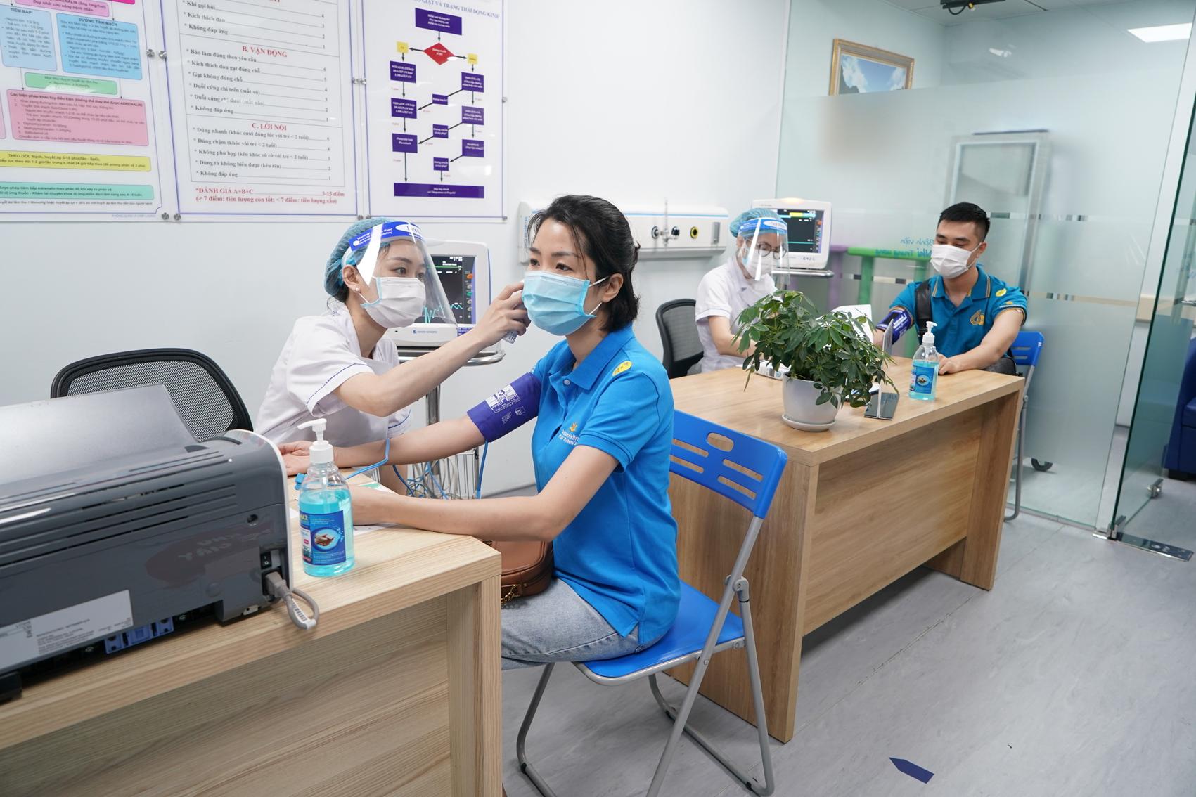 Gần 2.300 cán bộ, nhân viên Vietnam Airlines Group đã được tiêm vắc-xin phòng COVID-19 từ chương trình của Chính phủ - Ảnh: Q.T.