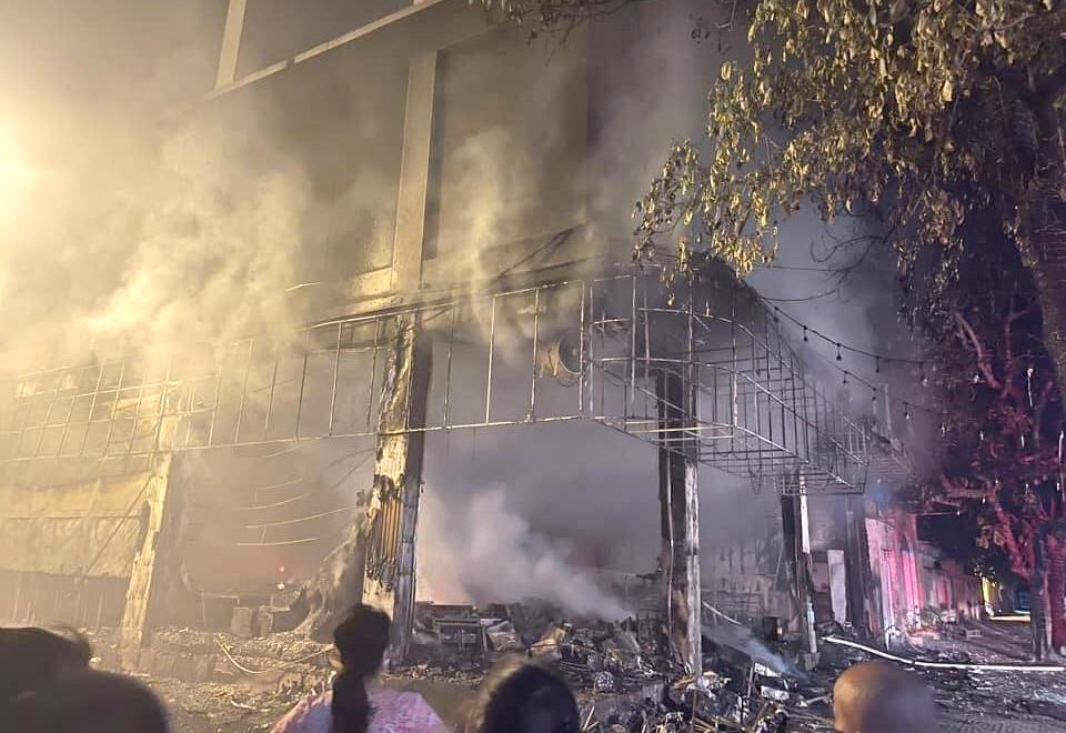 Phòng trà bị thiêu rụi hoàn toàn sau vụ hỏa hoạn