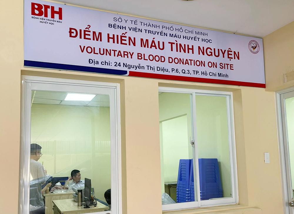 Thành phố đang thực hiện giãn cách xã hội theo Chỉ thị 15, Ngân hàng máu đã tăng cường thêm điểm tiếp nhận máu cố định tại Hội bảo trợ bệnh nhân nghèo TPHCM