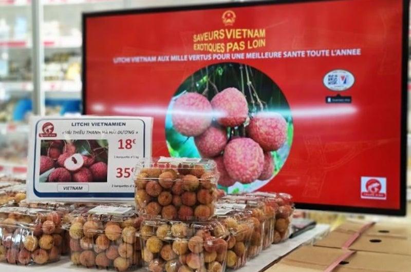 Vải thiều Việt Nam hút hàng tại siêu thị Pháp. (Ảnh minh hoạ)
