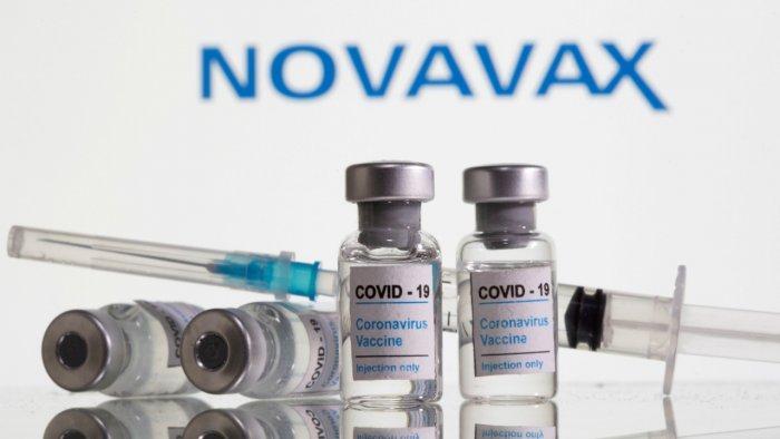 vắc xin COVID-19 của hãng có hiệu quả hơn 90%