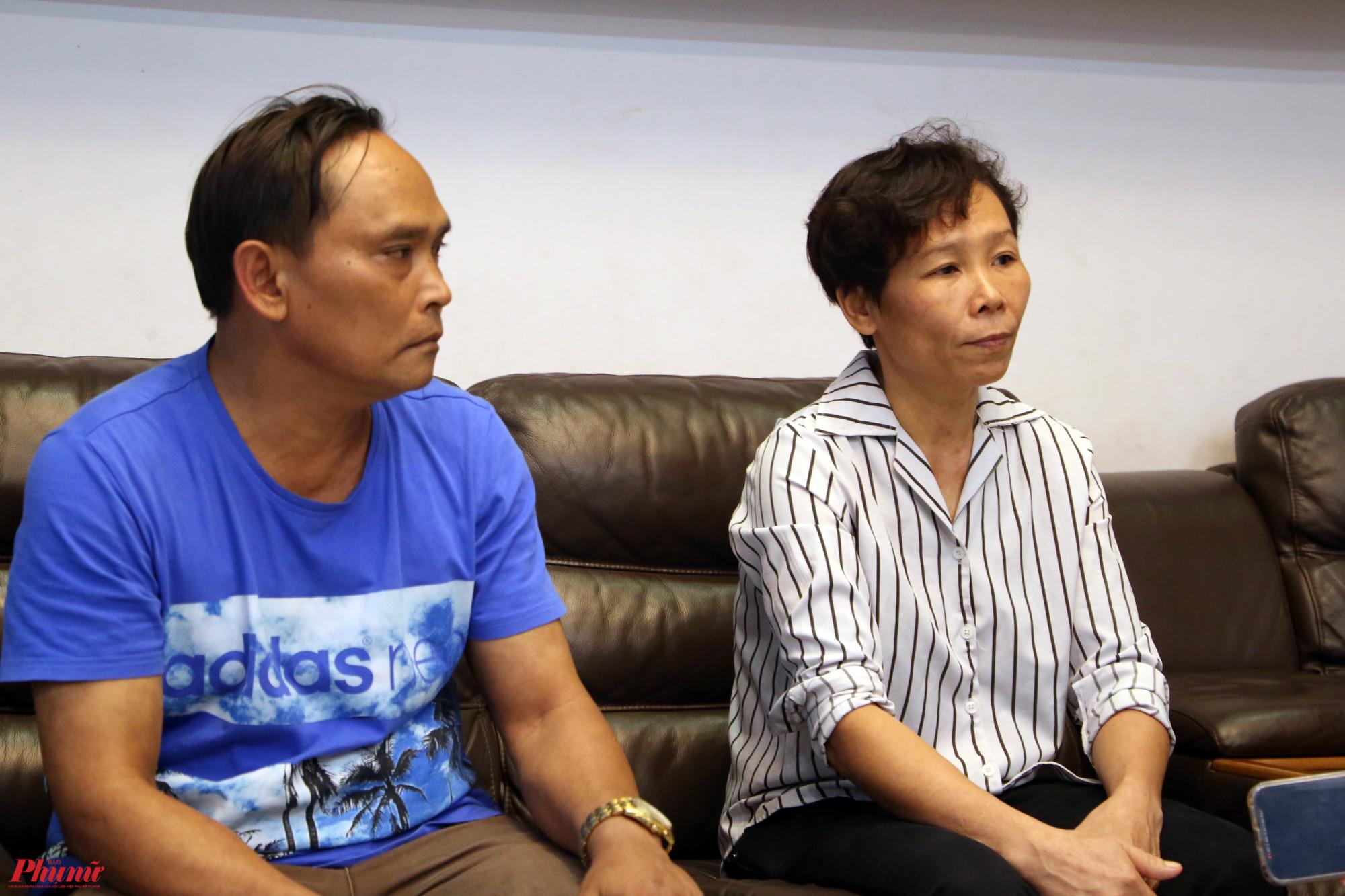 Ba mẹ của Hồ Văn Cường