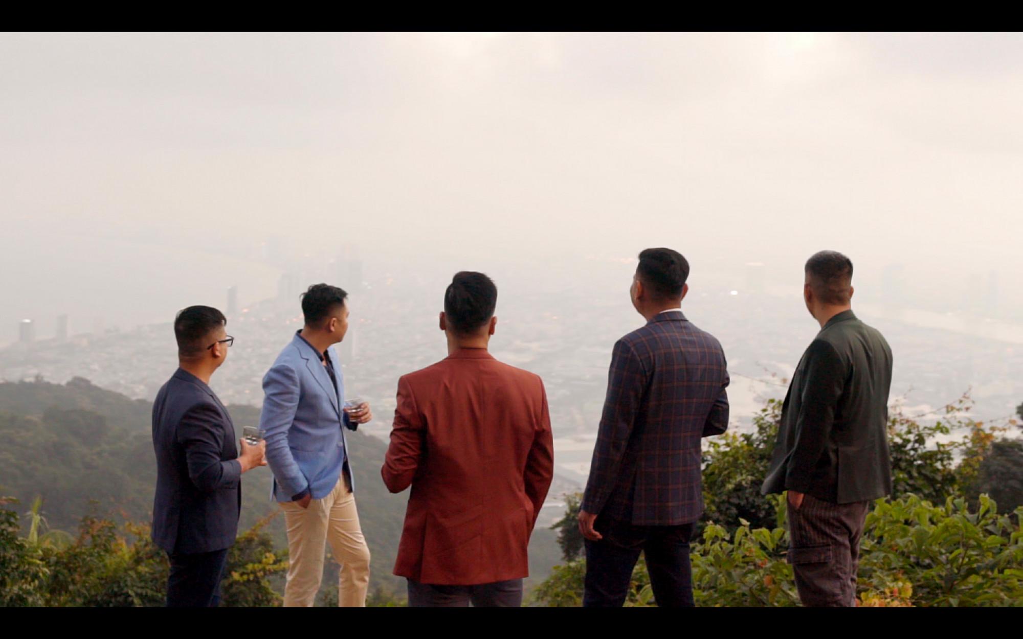 Ông Trương Châu Hữu Danh cùng một số người có liên quan - Ảnh: facebook nhân vật
