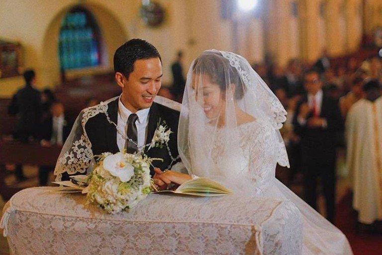 Tăng Thanh Hà và Louis Nguyễn công khai tình cảm vào năm 2009, đến năm 2012 cả hai tổ chức đám cưới.