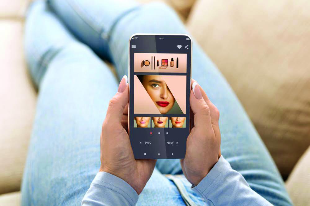 Nhiều thương hiệu mỹ phẩm nổi tiếng đã tích hợp AR và VR nhằm tăng trải nghiệm mua sắm  dành cho người dùng