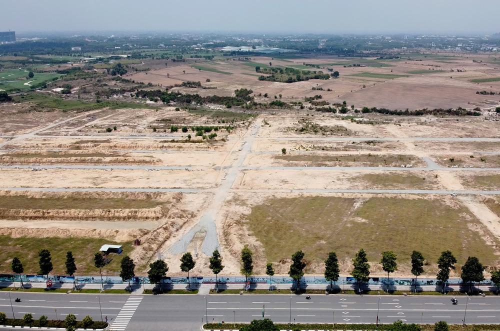 Khi khu đất về tay tập đoàn Kim Oanh, Ngày 28/1/2018, Công ty Kim Oanh đã làm lễ động thổ dự án Khu dô thị thương mại dịch vụ Tân Phú với tên thương mại là Khu đô thị Mega City 3 tại khu đất 43 ha trong vụ việc này với qui mô hơn 2.000 lô đất nền và nhà phố liền kề, diện tích từ 60-150 m2.43ha dự kiến được đầu tư xây dựng .000 sản phẩm đất nền và nhà phố xây sẵn, bên cạnh là công viên hồ sinh thái rộng 120 ha, Trung tâm hội nghị Lucky Square, sân golf.