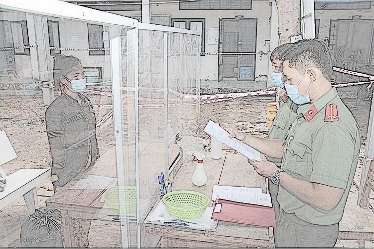 Cơ quan chức năng tống đạt lệnh bắt giam Sơn Thị Kim Văn