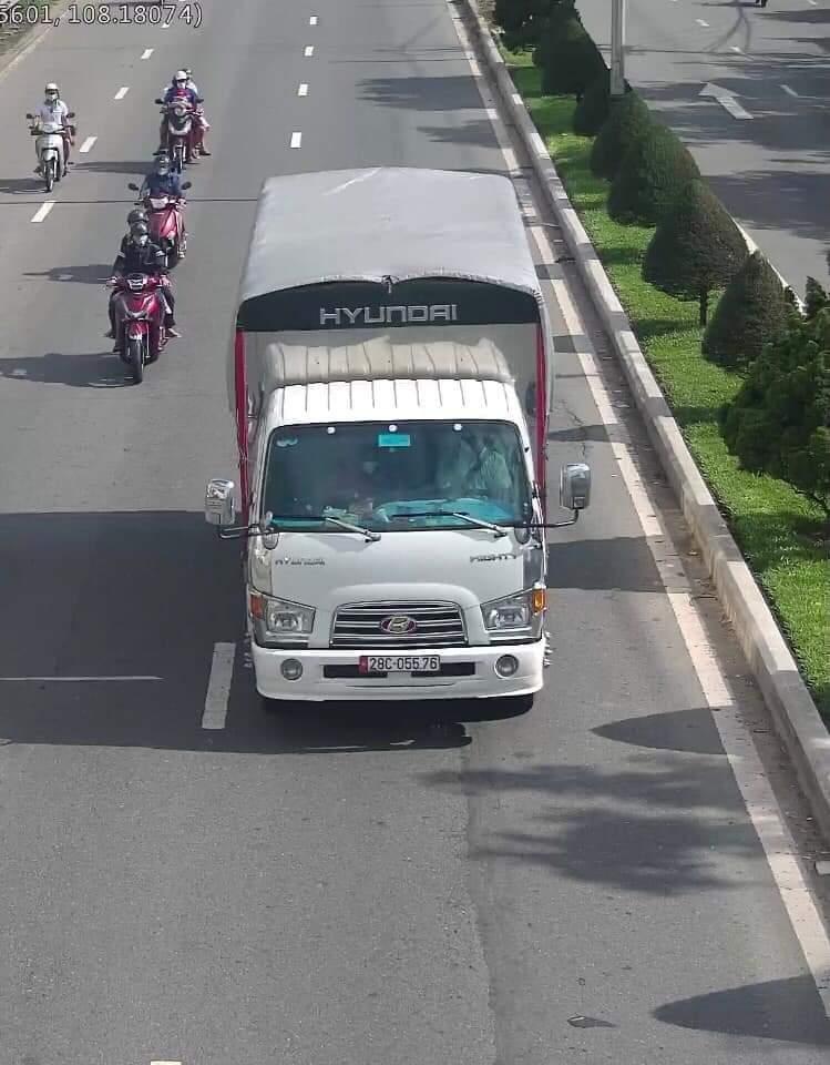 Chiếc xe bệnh nhân K. chở vải đi bán ở nhiều điểm tại Đà Nẵng