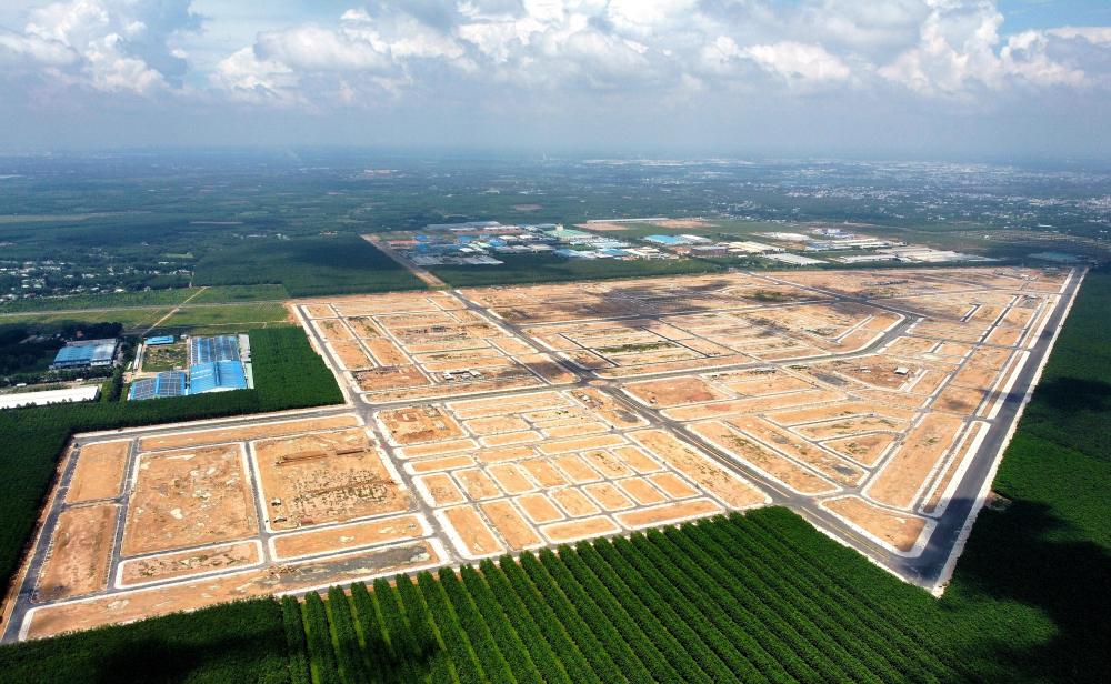 Khu tái định cư (TDDC) Lộc An - Bình Sơn nằm trên địa bàn 2 xã Lộc An và Bình Sơn của huyện Long Thành. Nơi đây là khu vực tái định cư cho người dân tại dự án Cảng hàng không quốc tế Long Thành
