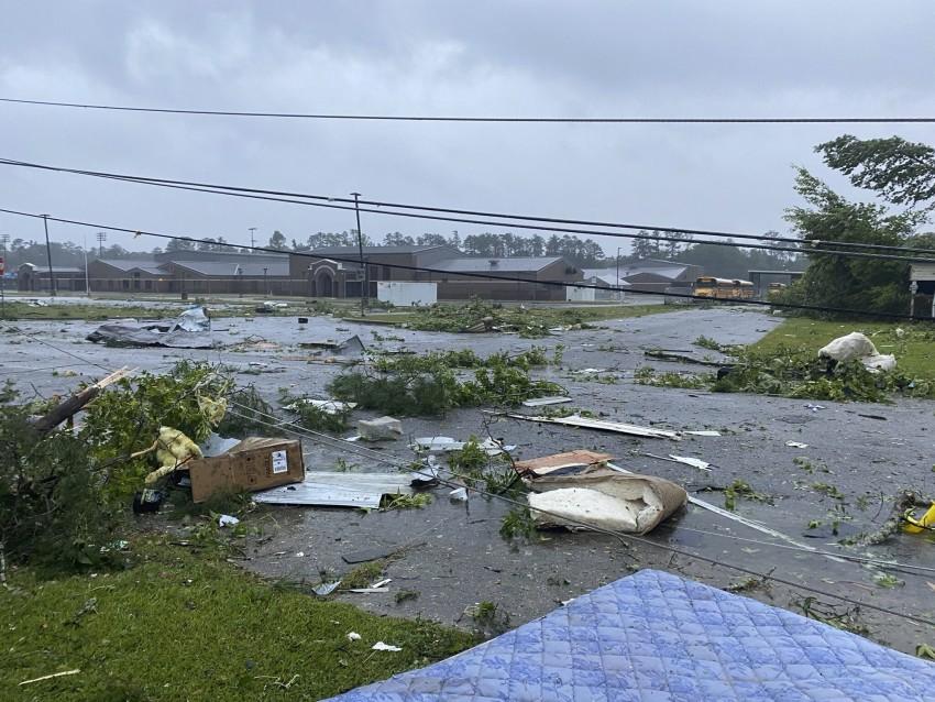 10 trẻ em thiệt mạng sau áp thấp nhiệt đới ở Mỹ.