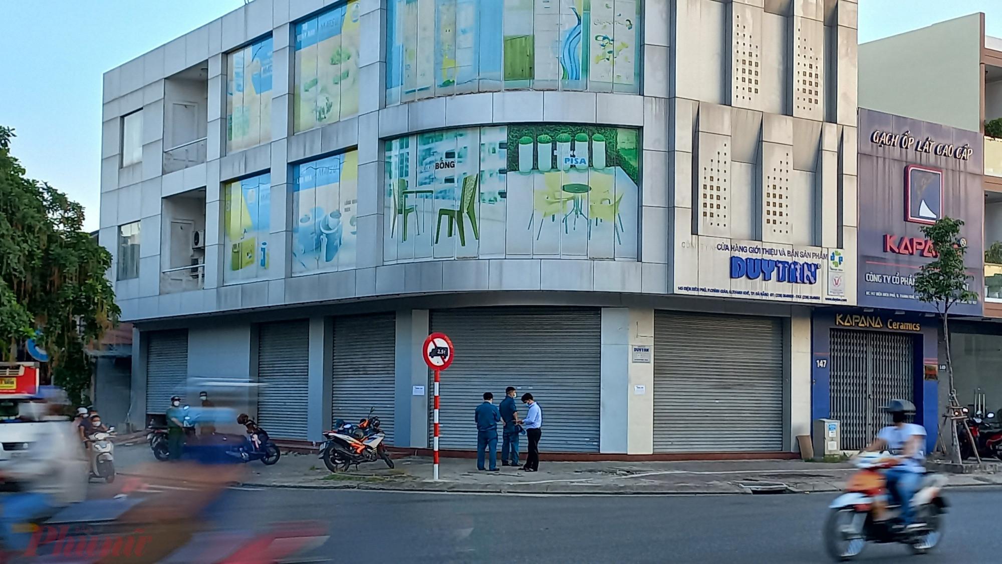 Trụ sở công ty nhựa Duy Tân trên đường Điện Biên Phủ