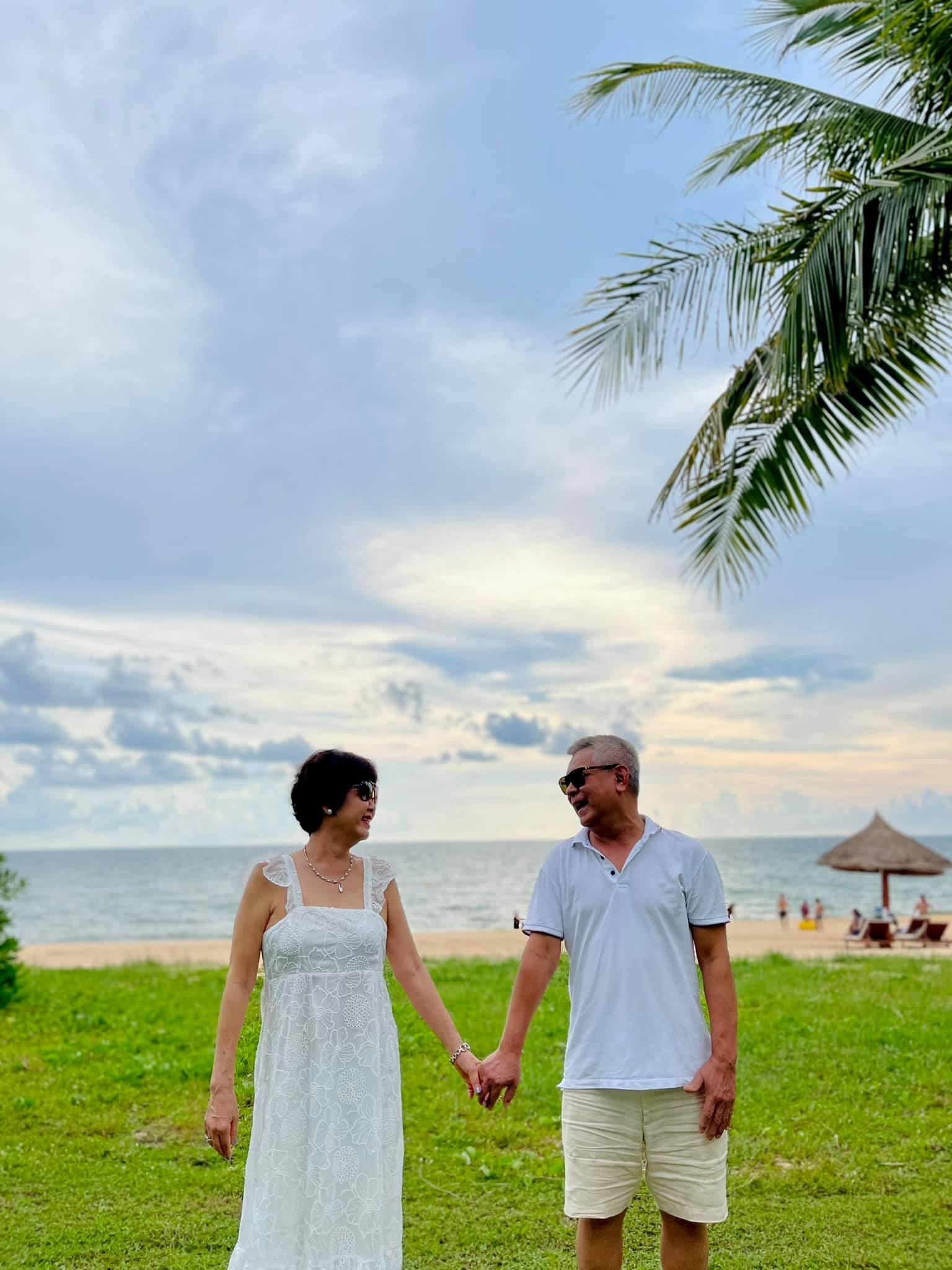 Ca sĩ Phạm Quỳnh Anh chia sẻ cô may mắn khi có một gia đình tuyệt vời, bố mẹ