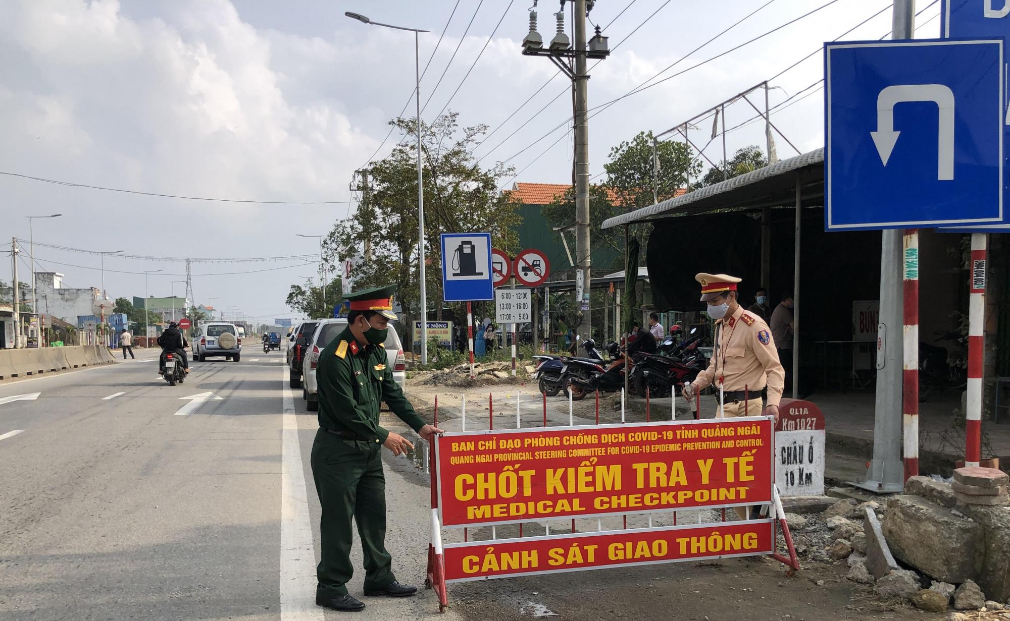 Quảng Ngãi tái lập chốt kiểm tra y tế, tạm dừng hoạt động các phương tiện vận tải hành khách cố định và hợp đồng tuyến Quảng Ngãi - Đà Nẵng và ngược lại