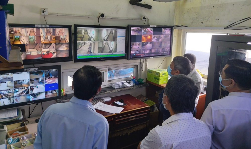 Hệ thống camera giám sát cách ly tại một khách sạn của TP. (Ảnh: HCDC)