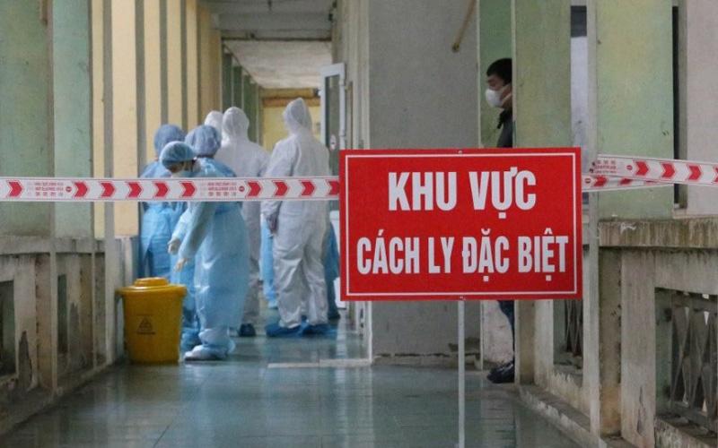 Nhân viên y tế phòng chống dịch khi Bình Dương có ca bệnh đầu tiên
