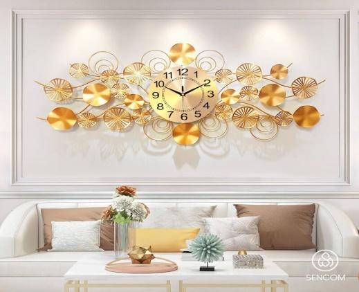 Đồng hồ decor giúp không gian nội thất thêm độc đáo, sang trọng.