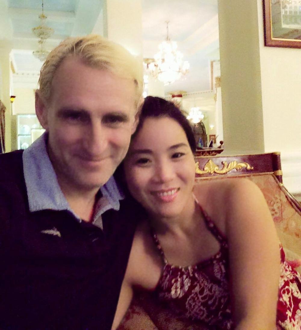 Chị Linh bên ông xã Touloupov Vladimir những ngày mới yêu nhau
