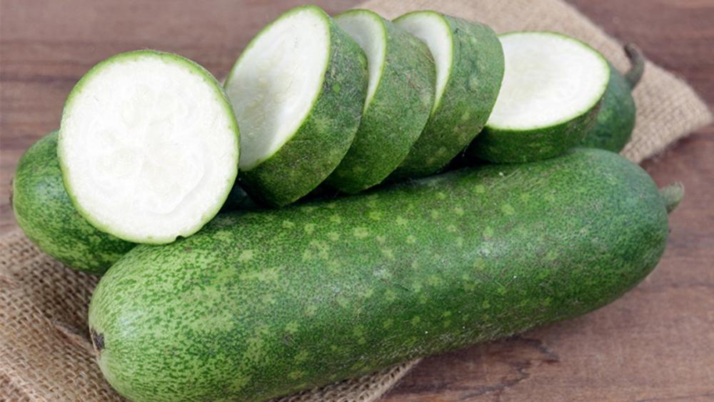 Nên sử dụng thực phẩm có tính thanh nhiệt, giải nắng như: dưa hấu, dưa chuột, bí đao…