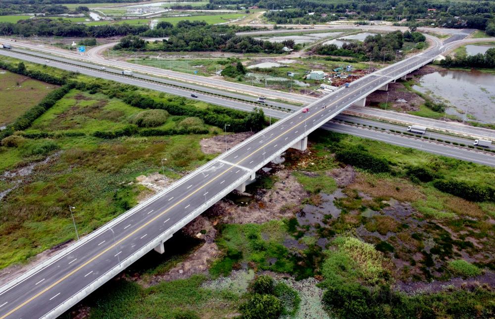 Đến nay dự án đang thực hiện những công việc cuối cùng chuẩn bị thông xe dự kiến vào cuối tháng 6/2021