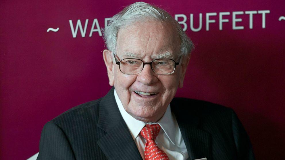 Ông Warren Buffett - Ảnh: Nati Harnik/AP