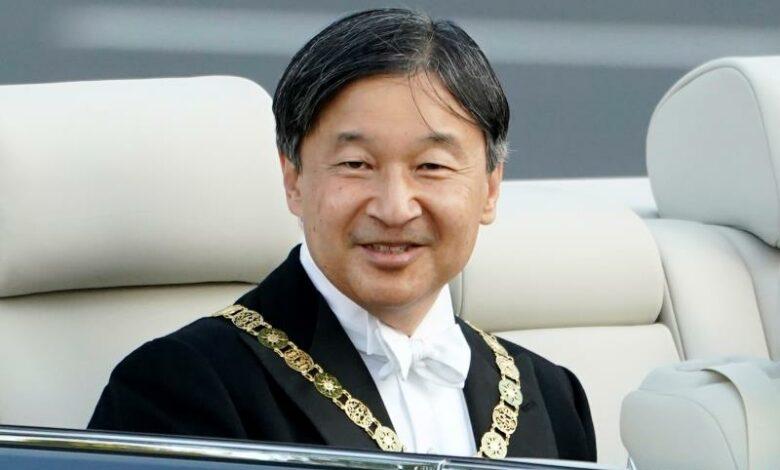 Hoàng đế Naruhito là vị hoàng đế thứ ba của Nhật Bản đã chấp nhận vai trò người bảo trợ danh dự và người đầu tiên đảm nhận vai trò này cho cả Thế vận hội và Paralympic.