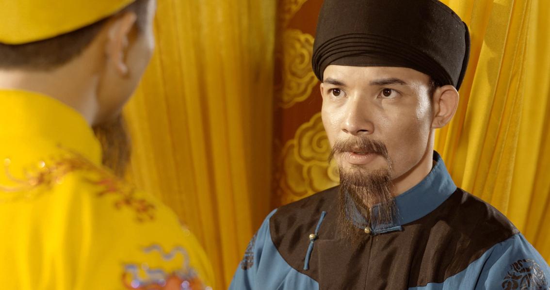Diễn viên Sỹ Hưng vai thi hào Nguyễn Du trong phim