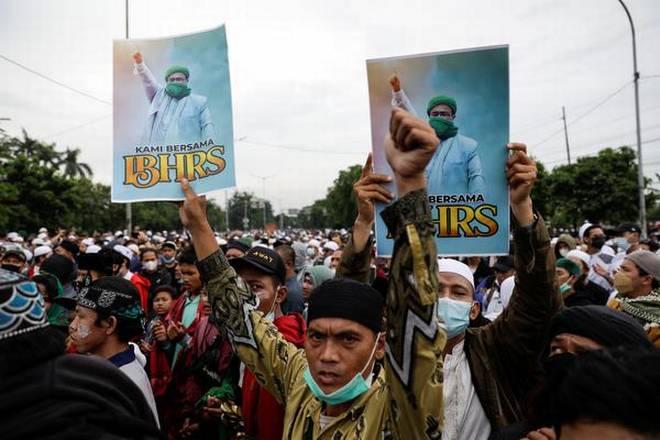 Người biểu tình phản đối bản án dành cho Rizieq Shihab