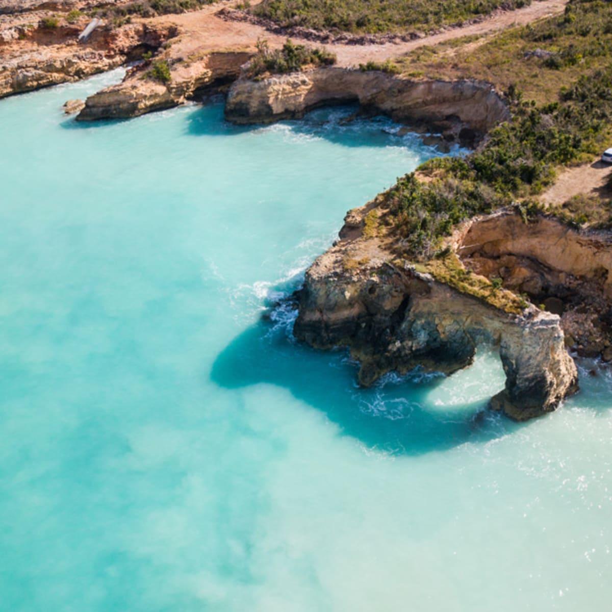 Từ ngày 1/7, Anguilla, quốc gia phía đông vùng biển Caribbean, sẽ mở cửa trở lại với yêu cầu mọi du khách ghé thăm phải tiêm phòng vaccine Covid-19 ít nhất 3 tuần trước khi nhập cảnh.