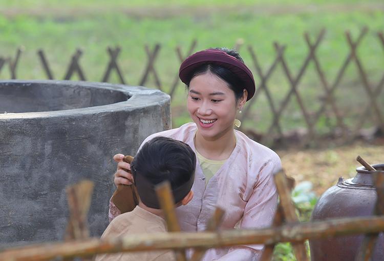 Phân canh thời thơ ấu của Nguyễn Du bên cạnh mẹ