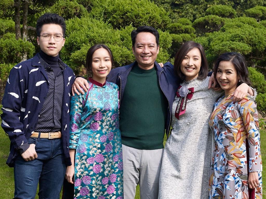 Gia đình ca sĩ Mỹ Linh, nhạc sĩ Anh Quân.