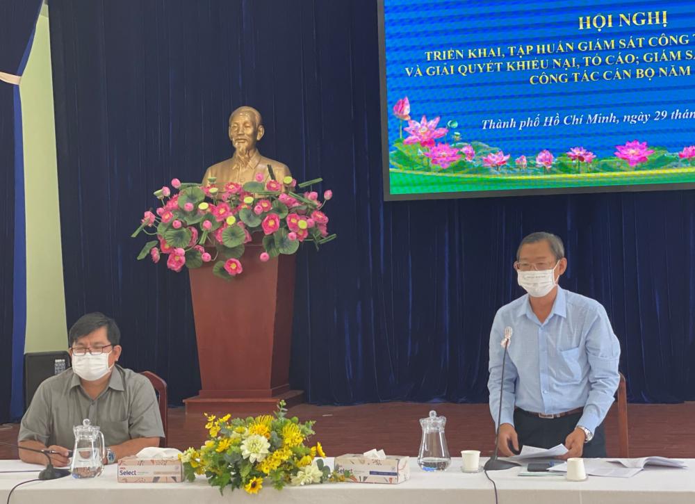 Cán bộ Ủy ban MTTQ Việt Nam TPHCM dự buổi tập huấn tại điểm cầu TPHCM.
