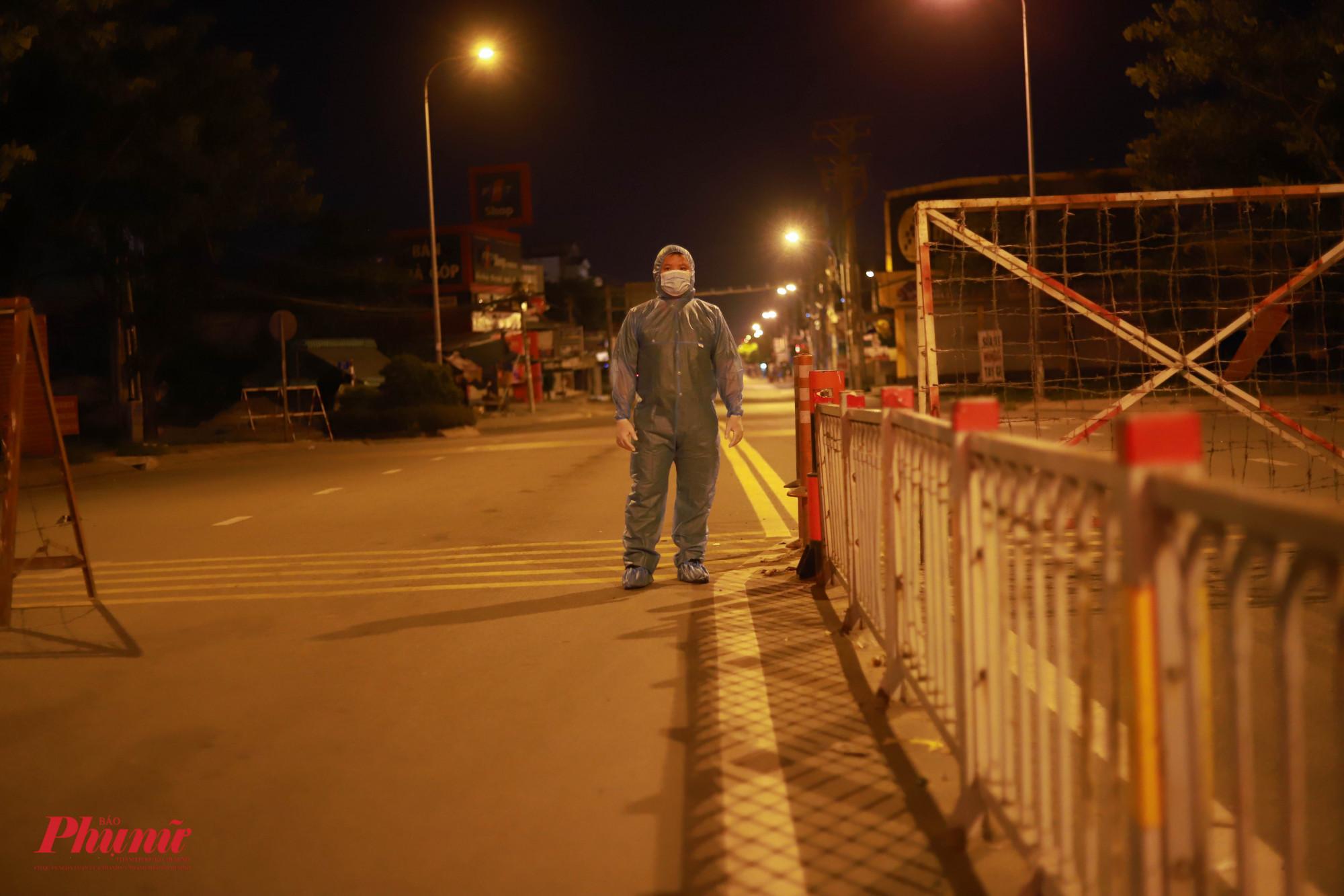 Ba khu phố ở phường An Lạc sẽ được phong tỏa thêm 7 ngày.
