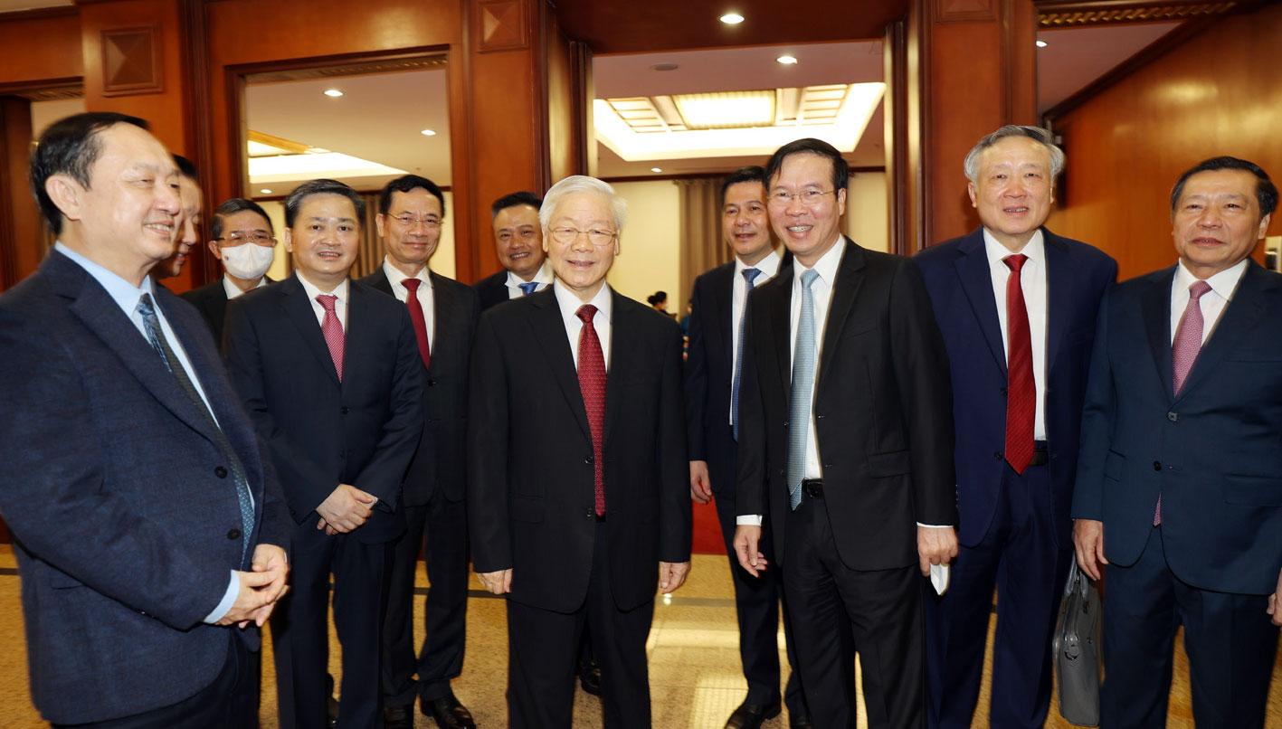 Tổng Bí thư Nguyễn Phú Trọng và các đại biểu tham dự Hội nghị. Ảnh: TTXVN