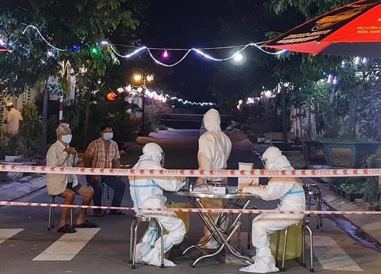 Phong toả khu vực có người dương tính với SARS-CoV-2 tại TP. Quảng Ngãi
