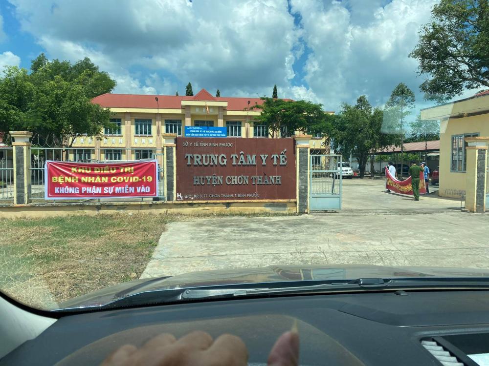 Trung tâm Y tế huyện Chơn Thành làm việc hết công suất những ngày vừa qua