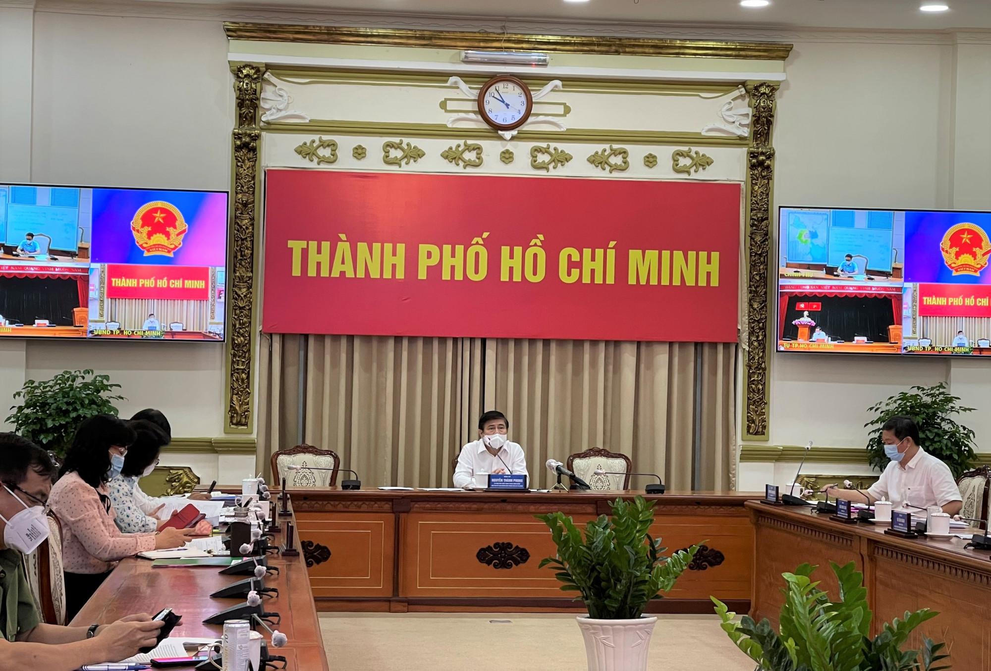 Hình ảnh cuộc họp tại điểm cầu UBND TPHCM