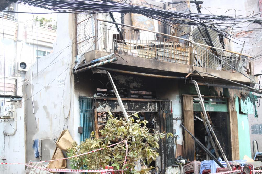 Vụ cháy không thiệt hại về người nhưng nhiều tài sản bị thiêu rụi.