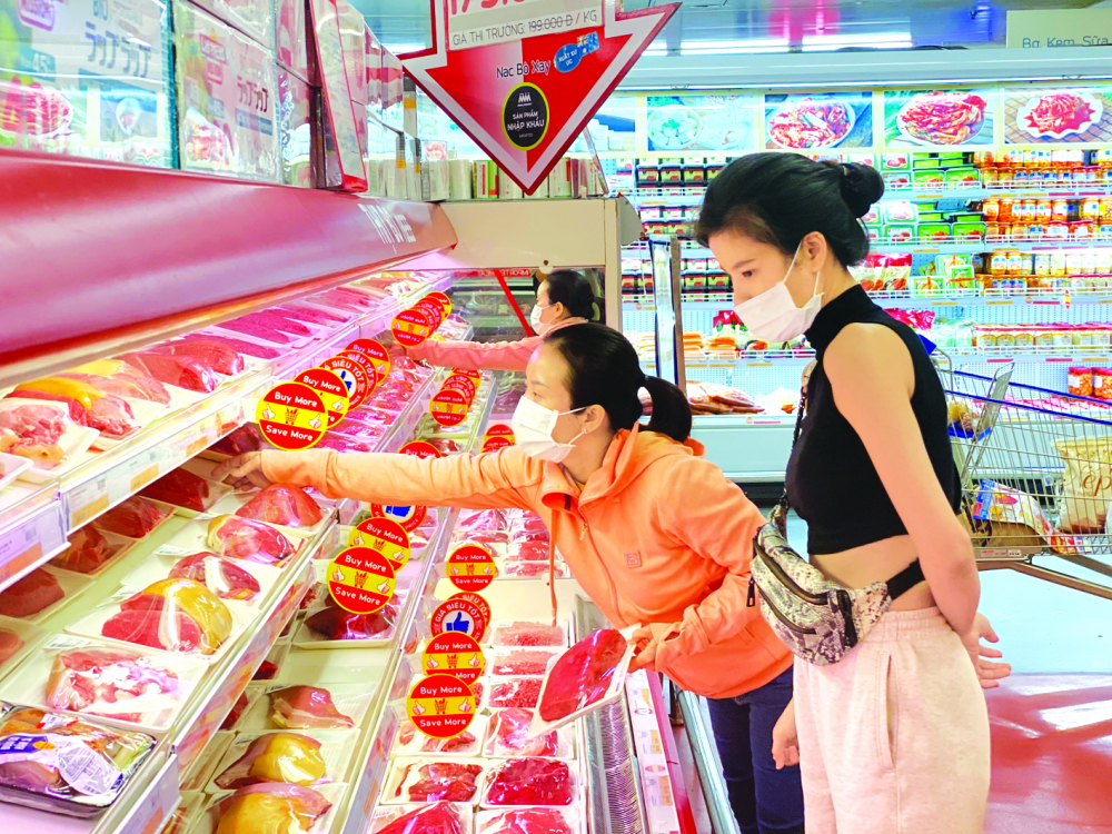 Nguồn cung hàng hóa, thực phẩm cho thành phố vẫn luôn dồi dào - Ảnh: QUỐC THÁI