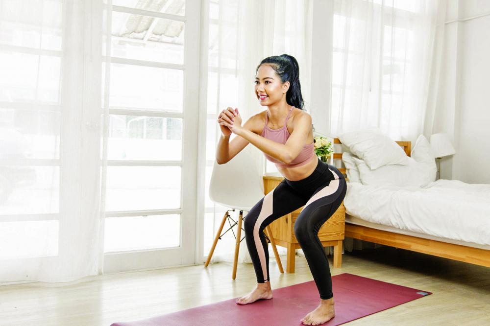 Nếu chỉ mặc áo sinh nhiệt sẽ không thể giảm mỡ toàn thân mà phải kết hợp chế độ ăn uống hợp lý và vận động, tập luyện