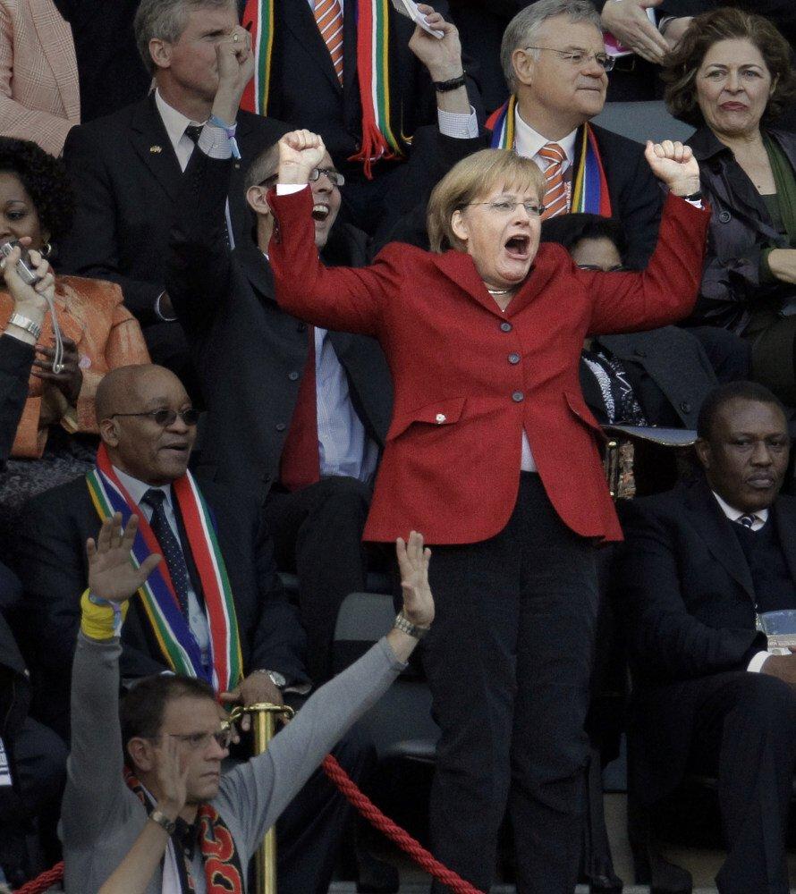 Là người khá điềm tĩnh, bà Merkel hiếm khi biểu lộ cảm xúc nhưng tại trận đấu bóng đá tứ kết World Cup 2010 giữa Argentina và Đức tại sân vận động Green Point, Nam Phi, bà đã nhảy lên ăn mừng sau khi Thomas Mueller ghi bàn thắng cho đội tuyển Đức.