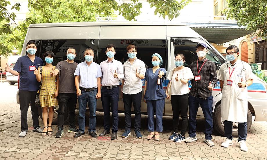 Đoàn đầu tiên của BV Đại học Y Hà Nội chi viện cho Phú Yên trước giờ lên đường