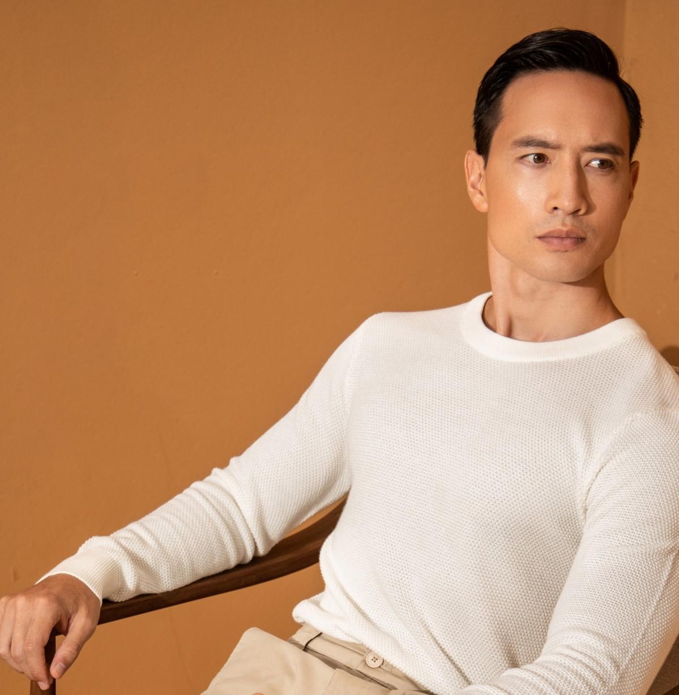 Kim Lý là một trong các nhà sản xuất của phim dài tập chuyển thể từ tiểu thuyết của n