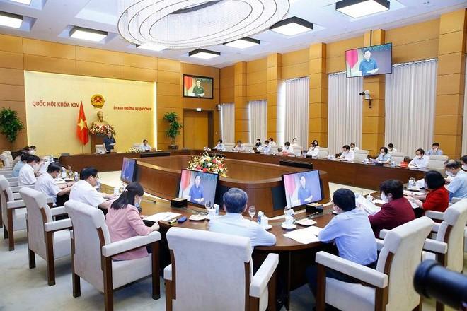 Tại buổi họp sáng nay, Chủ tịch Quốc hội Vương Đình Huệ cho biết sẽ rút ngắn thời gian của Kỳ họp thứ Nhất Quốc hội khóa XV