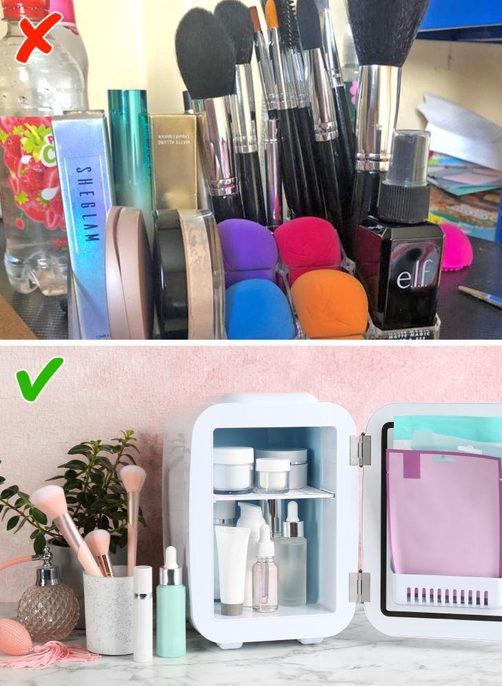 Làm lạnh mỹ phẩm trước khi sử dụng  Để ngăn ngừa nếp nhăn xuất hiện và làm dịu da, phụ nữ Hàn Quốc để mặt nạ và kem dưỡng vào tủ lạnh. Ngoài ra, khi sử dụng sản phẩm chăm sóc da, họ cố gắng không chà xát mà chỉ thoa nhẹ lên da.