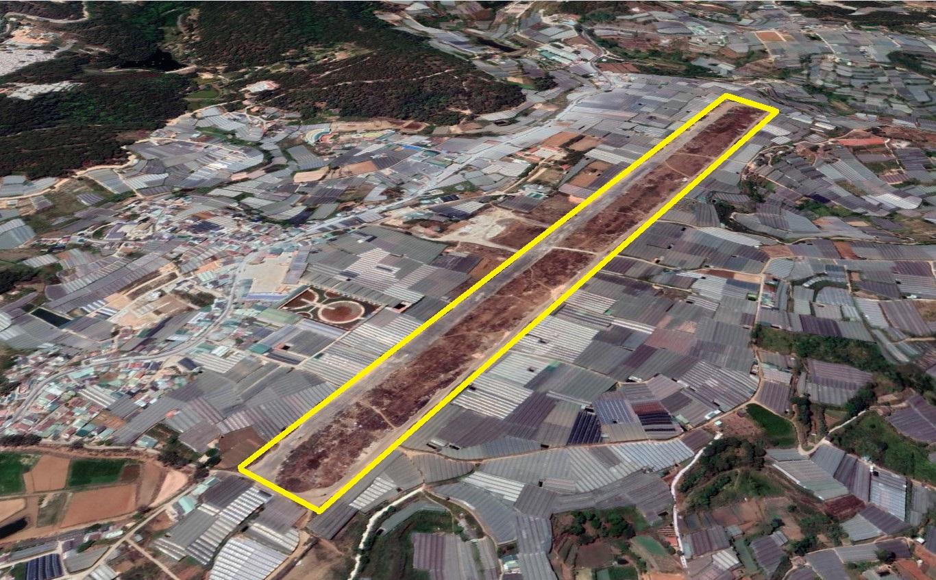 Sân bay Cam Ly tại phường 5, TP Đà Lạt đã dừng hoạt động nhiều năm nay. Ảnh: Google Earth