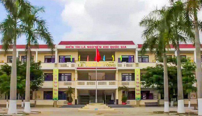 Quang là thí sinh đầu tiên dành được 10 điểm thi tốt nghiệp môn Văn
