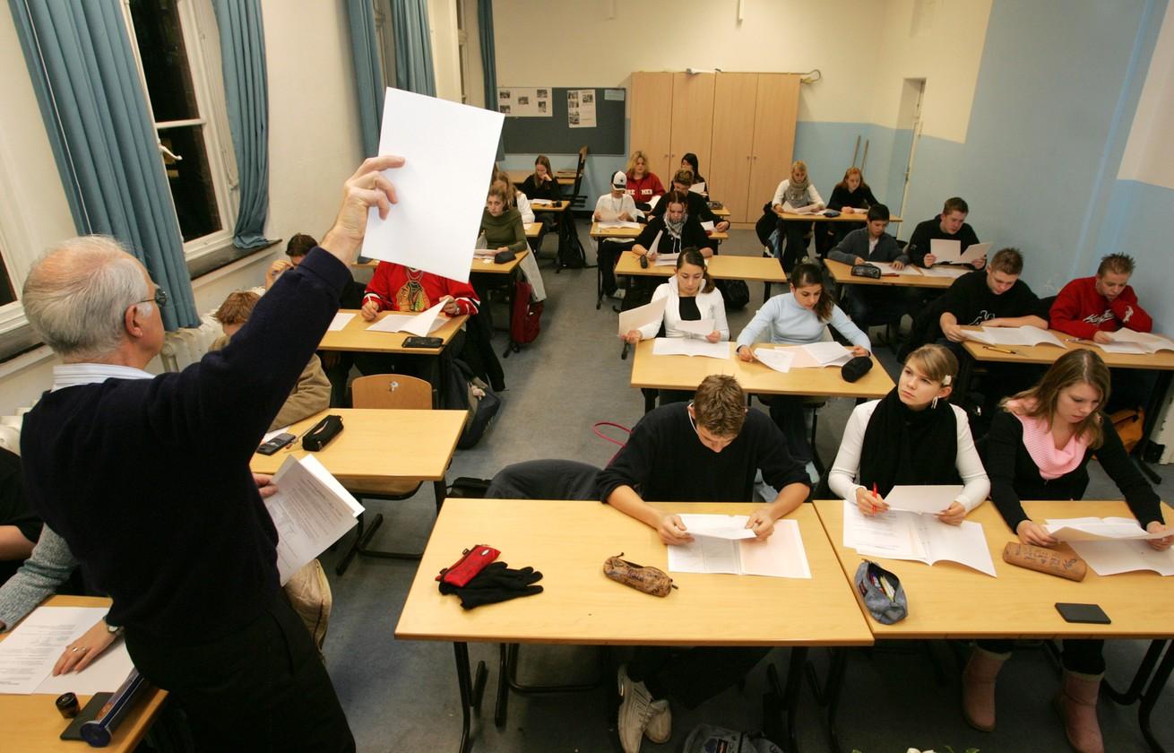 Nước Mỹ vận hành một hệ thống giáo dục không giống ai - Ảnh: Joerg Sarbach/AFP
