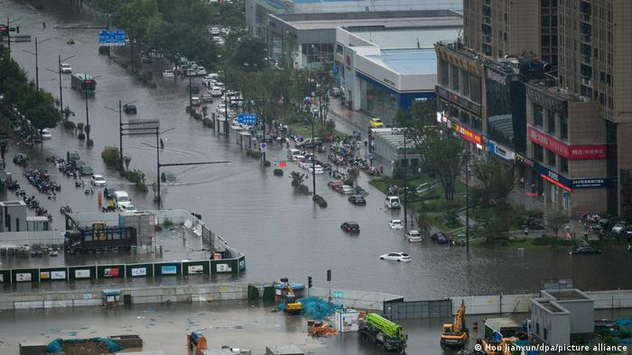 Thành phố Trinh Châu gi nhận lượng mưa tương ứng mọt năm trong vòng ba ngày
