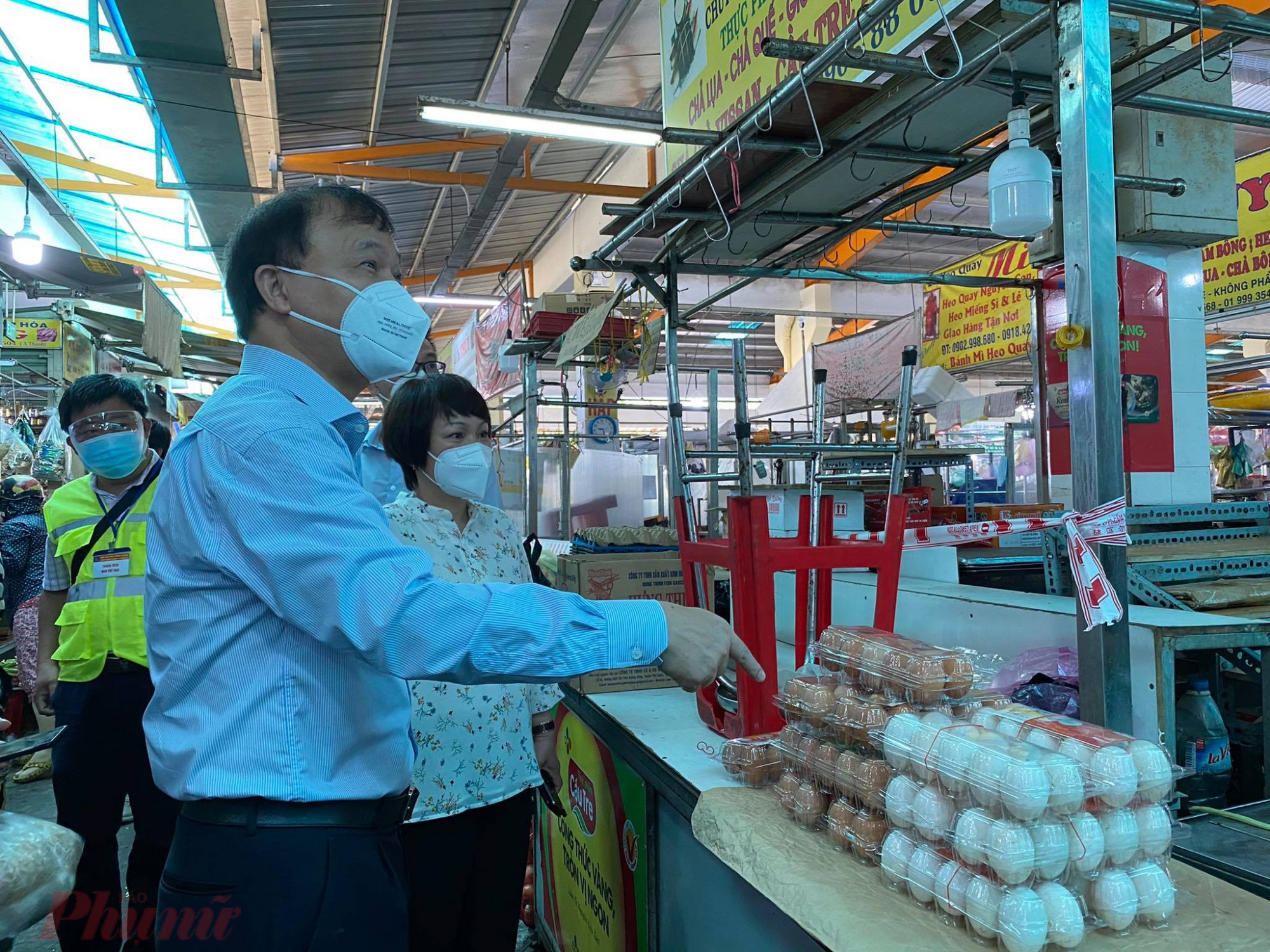 Các  mặt hàng trứng tại chợ Bình Thới có tăng nhẹ do cùng cung thiếu hàng